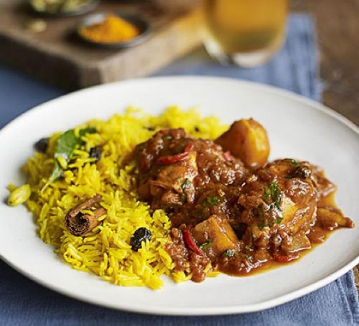Cape Malay Chicken Curry With Yellow Rice